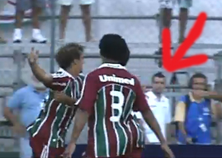 Fabinho no gol do Flu