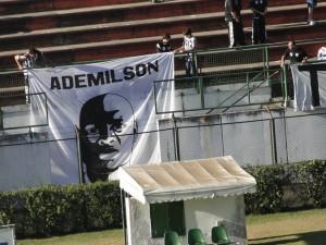 Ademílson Silva (?) mete a pezada!