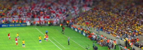 Felipão observa - Brasil 2x2 Inglaterra